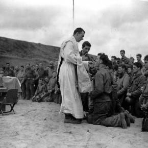 Rencontre au Luc : prière pour les soldats